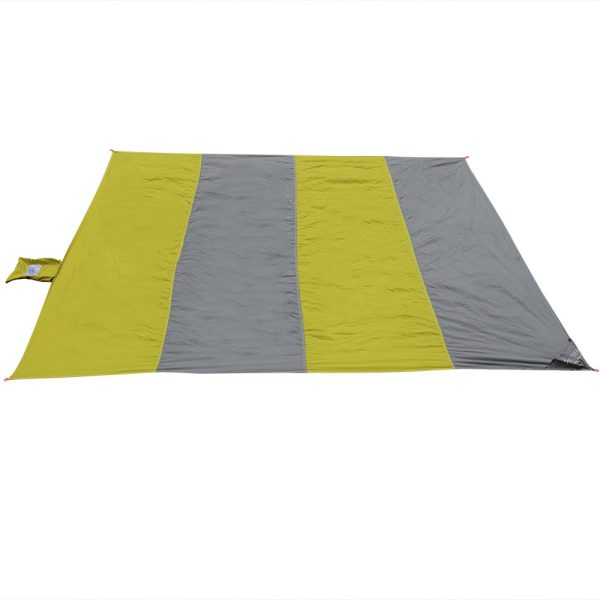 Sunnydaze Pocket Blanket for Camping, Picnics, Hiking, and the Beach, Lightweight Nylon, Lime/Charcoal